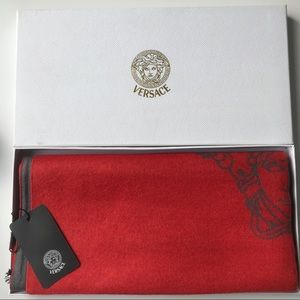 BNWT Versace Wool & Cashmere Scarf Puncho Wrap
